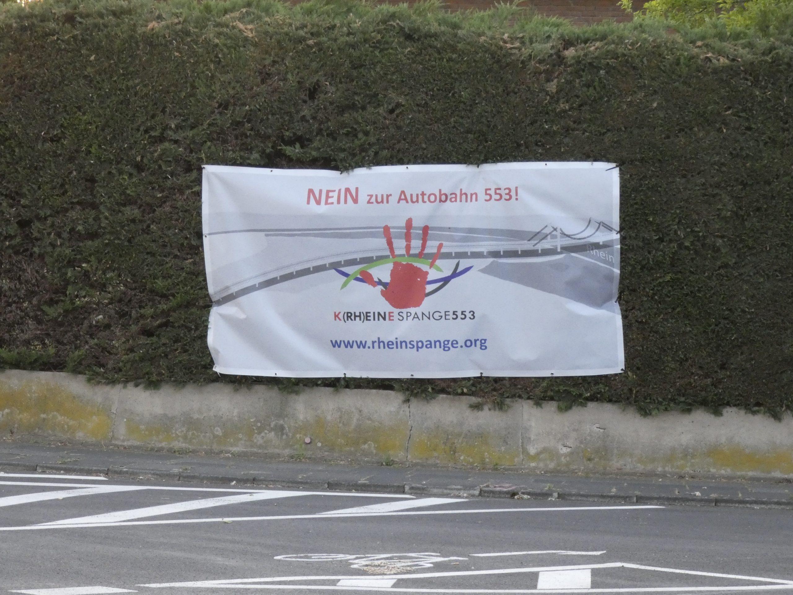 Banner gegen die Rheinspange
